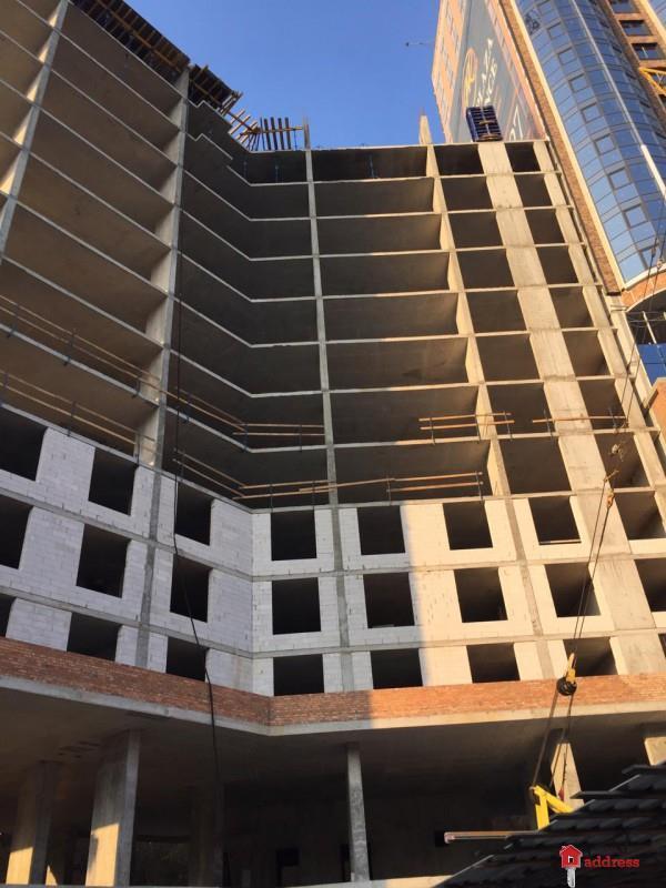 ЖК Podil Plaza & Residence: Ноябрь 2018