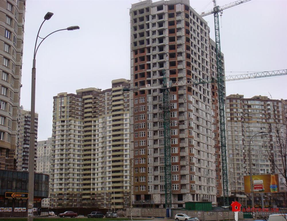 ЖК Позняки-2, ул. Анны Ахматовой, ж/д 8-а: Апрель 2014