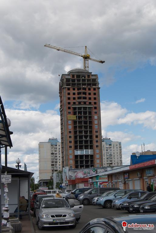 ЖК Оболонь Тауэр (Obolon Tower): 1 кв. 2014
