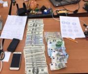 Коммунальщики на реставрации Андреевского спуска «украли» миллионы гривен