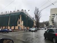 На историческом здании на Глубочицкой возводят надстройку