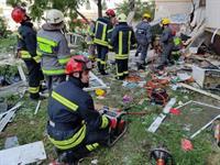 Спасатели продолжают разбирать завалы взорвавшегося дома