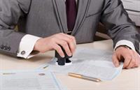 Частный нотариус незаконно зарегистрировал недвижимость