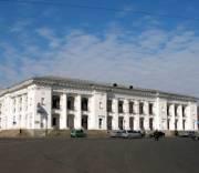 Киев снова настаивает на передаче в коммунальную собственность Гостиного двора